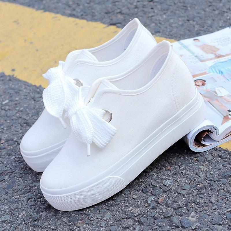 實拍☞春夏 高圓圓同款女鞋子小白鞋白色內增高帆布鞋系帶百搭小白鞋學生學院風厚底休閒鞋松糕鞋