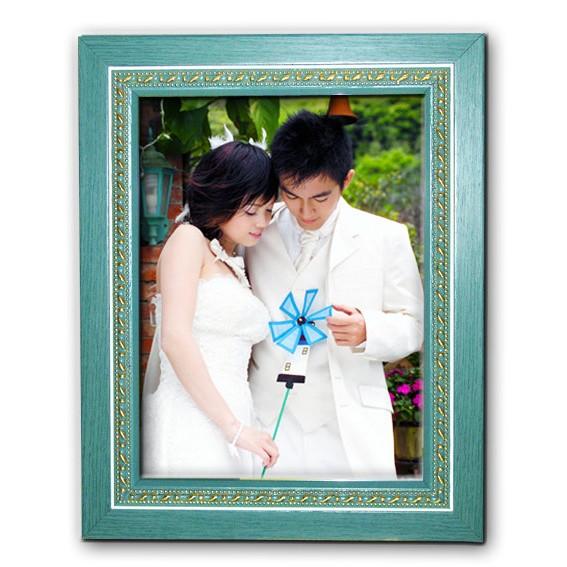 ~吉榮 ~ 亮麗金雕彩色木質相框~置放寫真相片,全家福,都非常好看喔~~