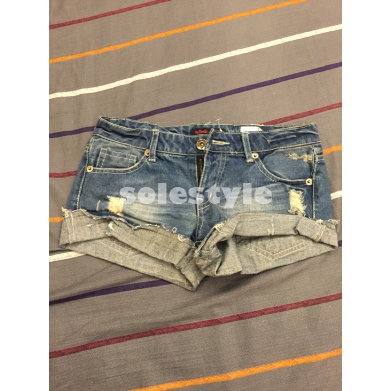 直購品~solestyle ~ 購入 美式 顯瘦100 綿質丹寧牛仔短褲M