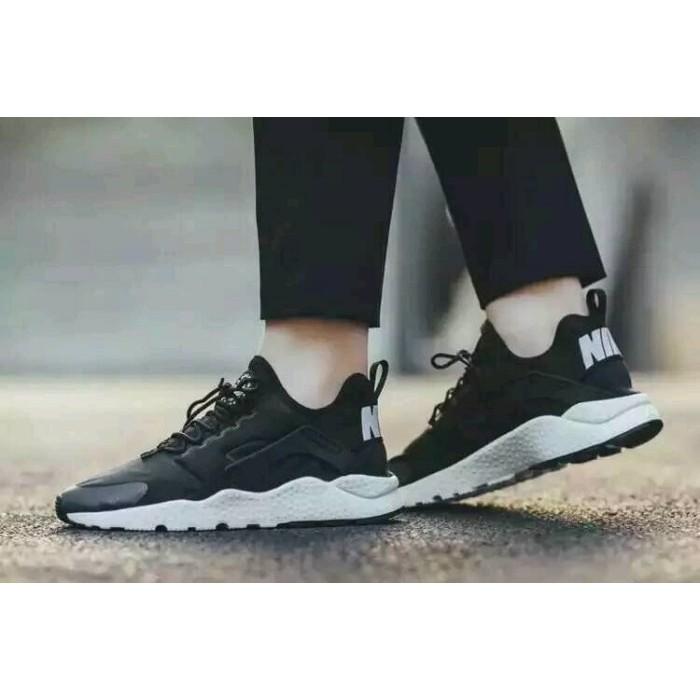 NIKE AIR HUARACHE RUN ULTRA 熊貓黑白武士輕量化休閒 鞋