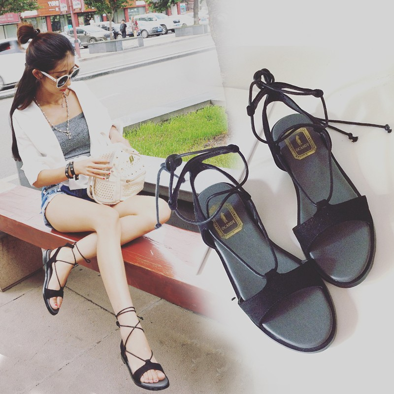 新品一字式平底涼鞋性感綁帶休閒露趾羅馬鞋女夏潮