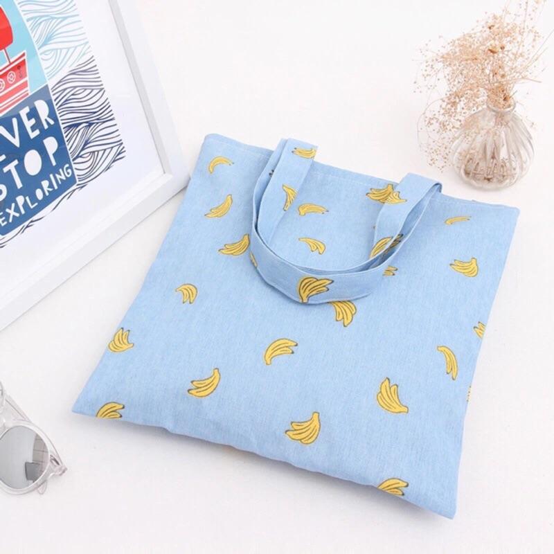 文青款滿版香蕉帆布包帆布包簡約手拿包小宅包便當袋通勤族上班族大學生香蕉帆布包小小兵香蕉水果
