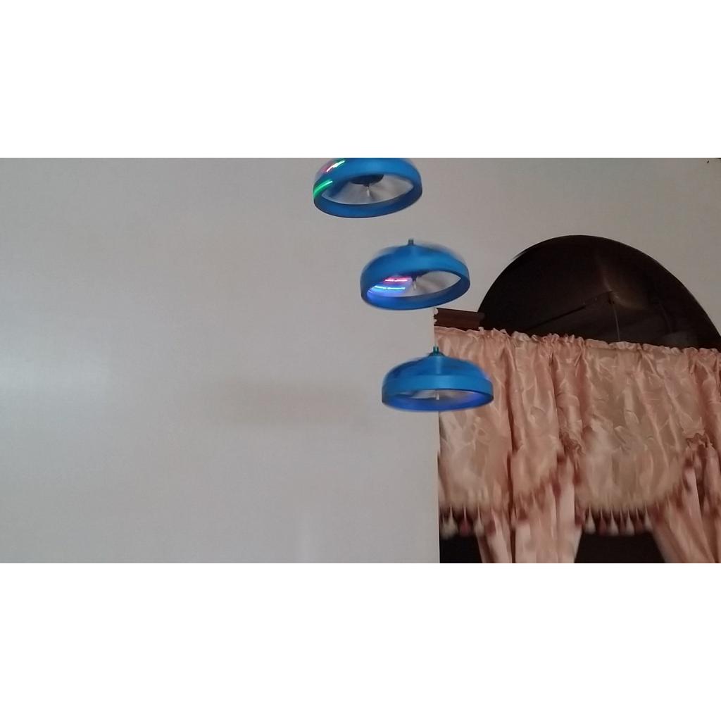 魔法飛碟飛天玩具自動感應遙控飛碟飛行器智慧懸浮飛碟UFO 玩具