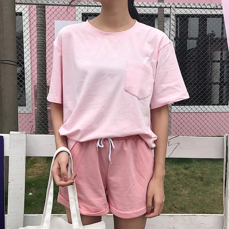 正韓 學院風休閒韓國chic 韓風短袖上衣複古港味t 恤松緊腰闊腿短褲 套裝女大碼衣著