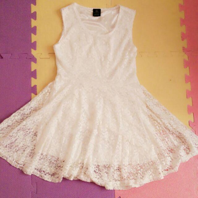 無袖蕾絲白色小洋裝