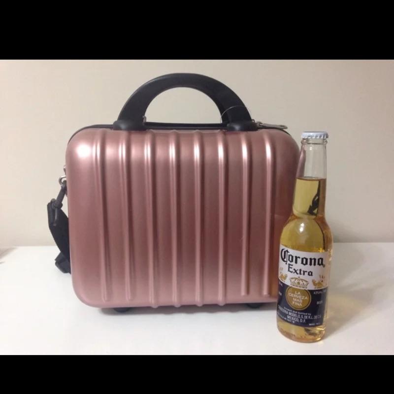 ✨14 寸防刮斜跨手提小方包可配合掛在行李箱拉桿上✨
