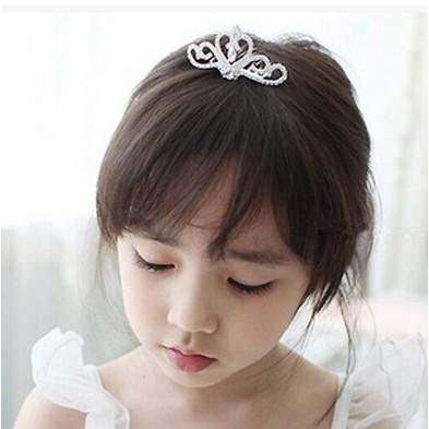 韓款心型亮鑚皇冠髮插髮梳畢業照公主頭飾花童禮服寫真鋼琴發表芭蕾