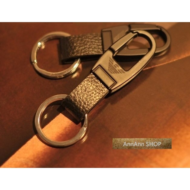 阿曼尼ARMANI 黑色皮革鑰匙圈汽車鑰匙圈汽車掛飾飾品男士女士附盒子 滿888 免