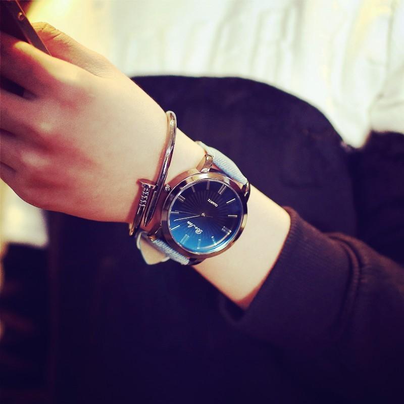 學生真皮帶男士商務情侶手表一對超薄時裝非機械防水石英男表女表
