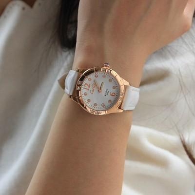 4 色防水夜光 女錶皮帶 可愛學生防水鑽手錶女時裝表正品牌女士手錶