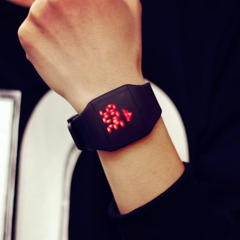觸屏觸控手表LED 夜光原宿潮女表潮流 學生潮男表電子手表