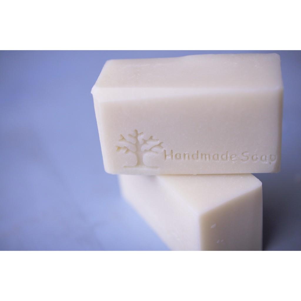 一草一木手作皂酪梨寶貝 皂三大堅持 全天然植物油絕不添加化學香精絕不添加化學色粉