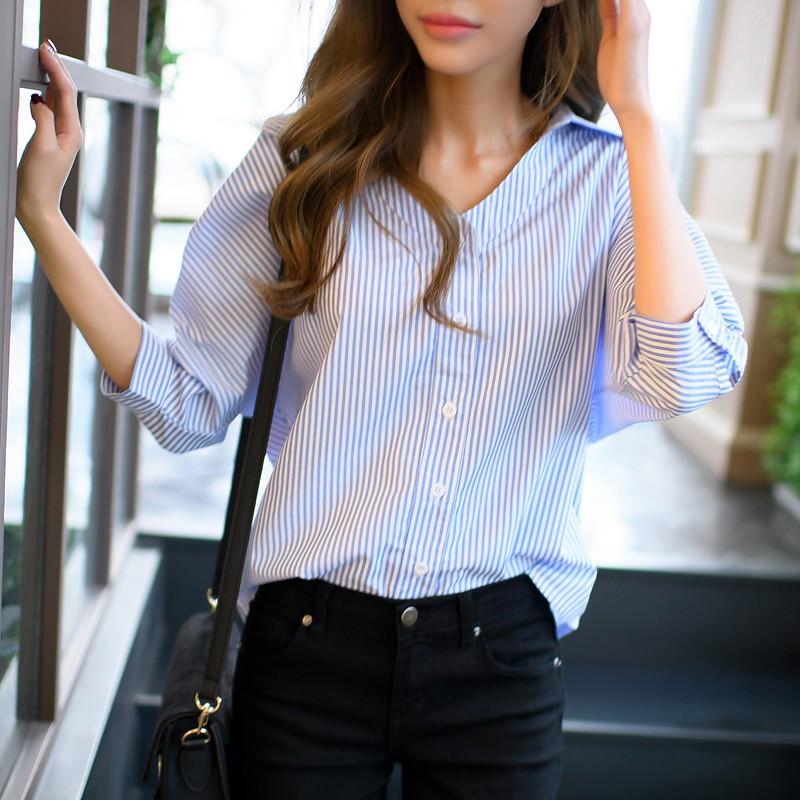 衣著夏 直筒寬鬆顯瘦七分袖條紋襯衫女生V 領上衣