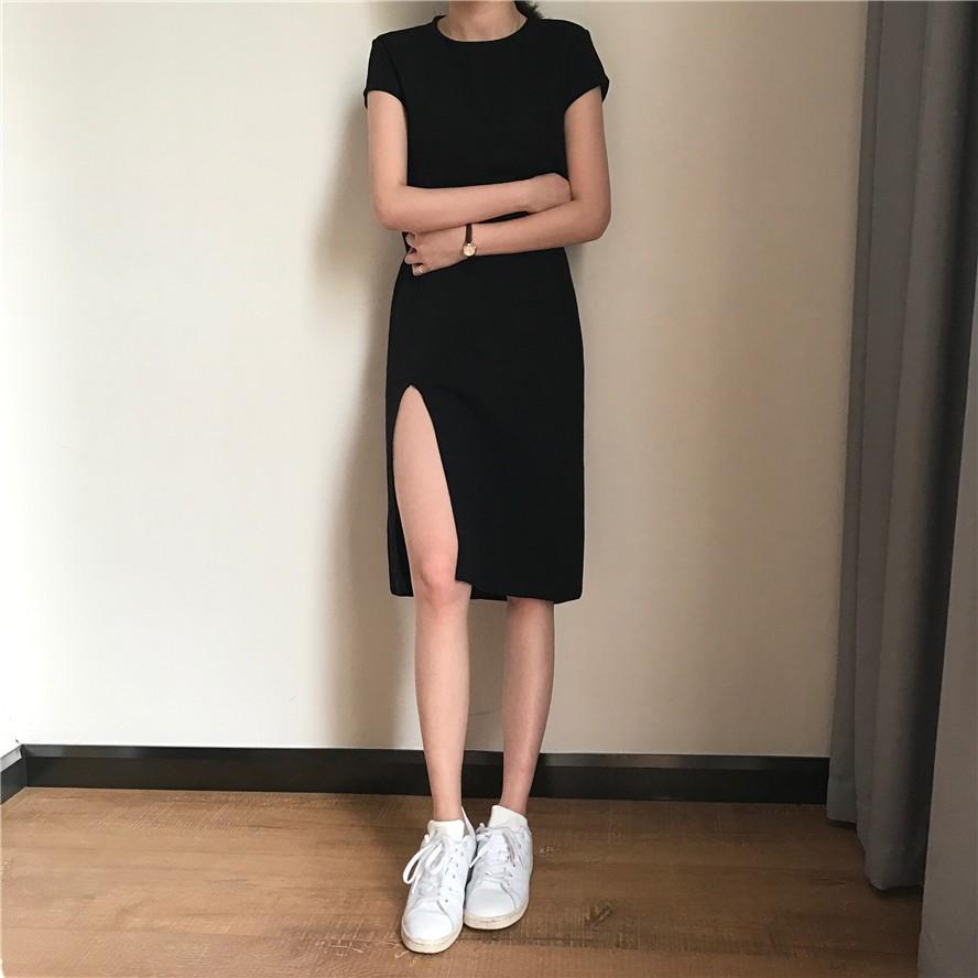 ~氣質款~2017  顯瘦修身側開叉純色簡約百搭短袖連衣裙長版性感洋裝包臀小黑裙套頭圓領連
