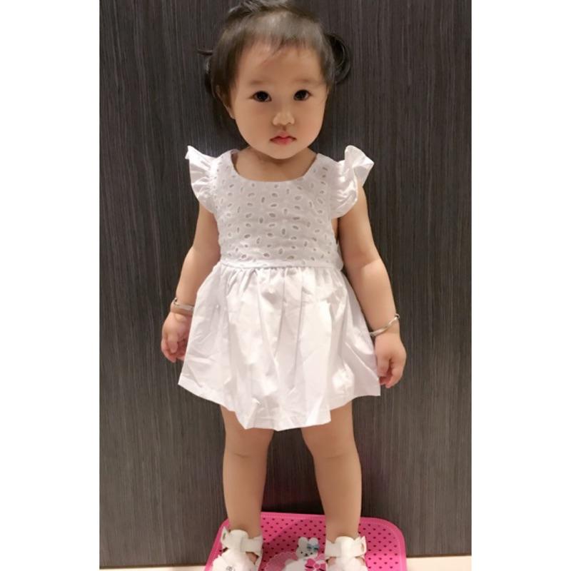 曈曈Baby 寶寶飛袖連衣裙1 4 歲小童白色縷空露背裙子
