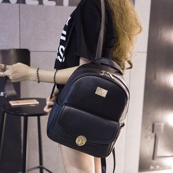 款 雙肩包學院風潮女包包休閒中學生書包女士pu 皮質旅行背包
