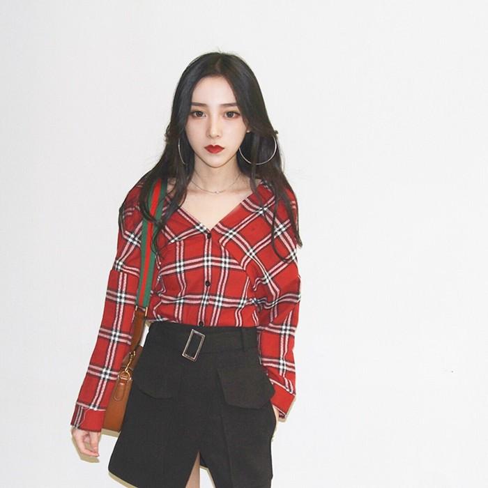 韓國風chic 復古格子氣質帥氣V 領寬鬆百搭顯瘦長袖襯衫