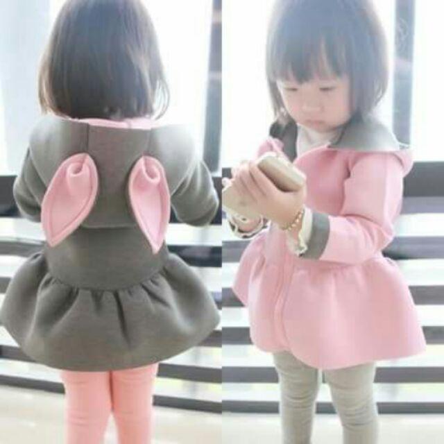 女童外套中小童 長袖風衣 卡通兔子耳朵連衣裙洋裝(太空棉)