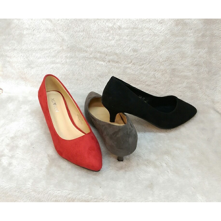 ❤️尖頭絨面低跟細跟素面 款高跟鞋黑色灰色紅色