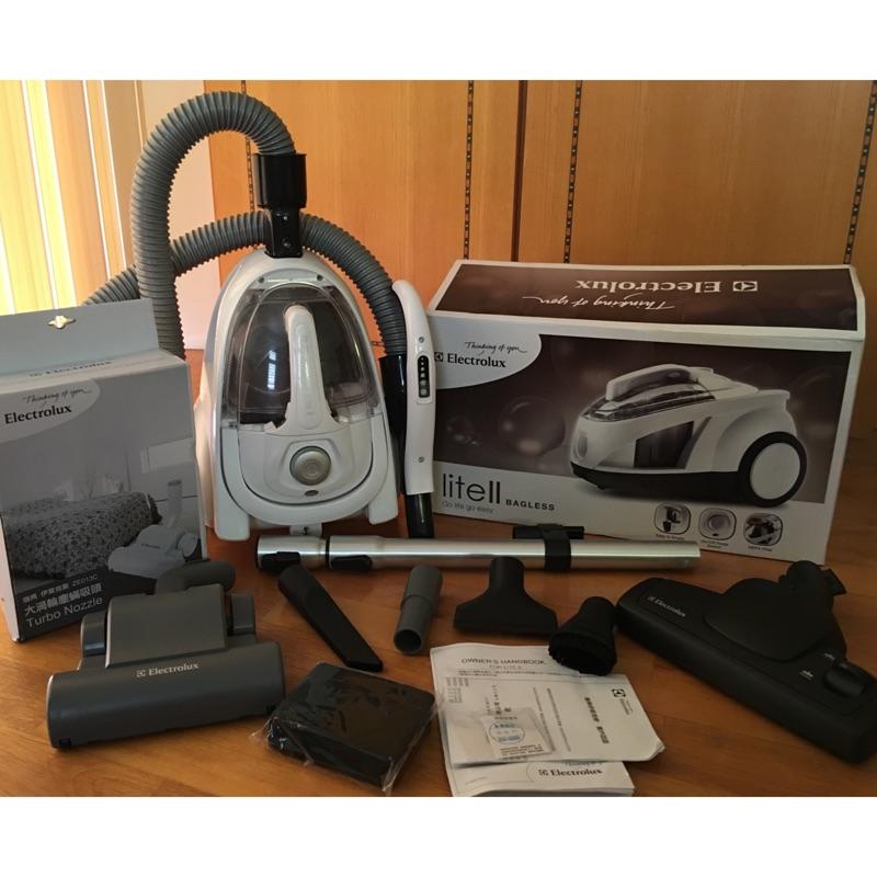 已售出⭕️伊萊克斯精靈2 代集塵盒吸塵器Z1860 ~渦輪塵蟎吸頭轉接頭濾網5 ~已售出