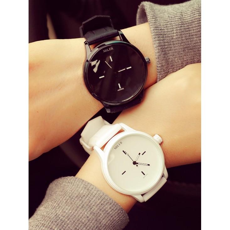 原宿潮流 大錶盤簡約黑白手錶兩色