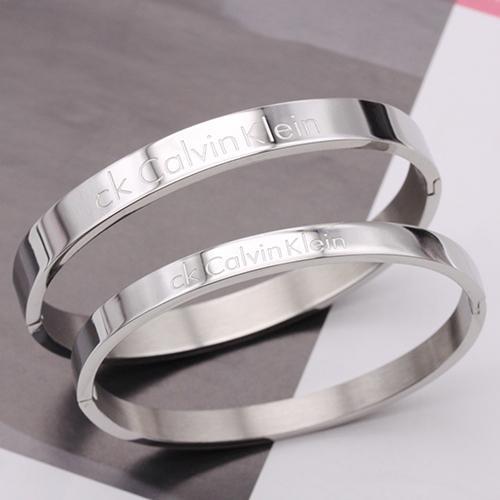 北鼻鋪~CK 手環鈦鋼銀色手環手鐲手鍊手繩戒指項鍊耳環飾品男女情侶單個價390 元01