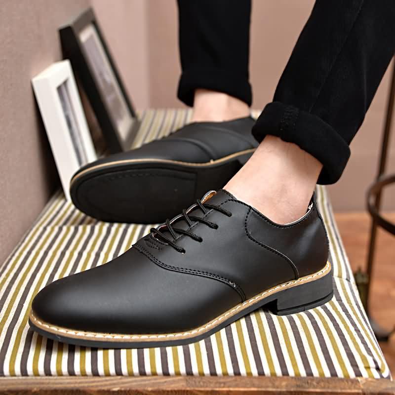 皮鞋男休閒鞋黑色尖頭平底鞋鞋 英倫風格男士牛津鞋黑色