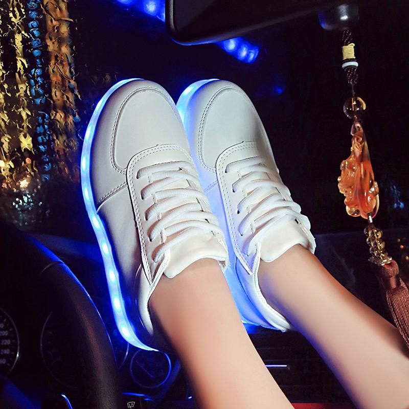 小白鞋春夏七彩燈發光鞋led 閃光男女充電情侶跑步鞋板鞋單鞋