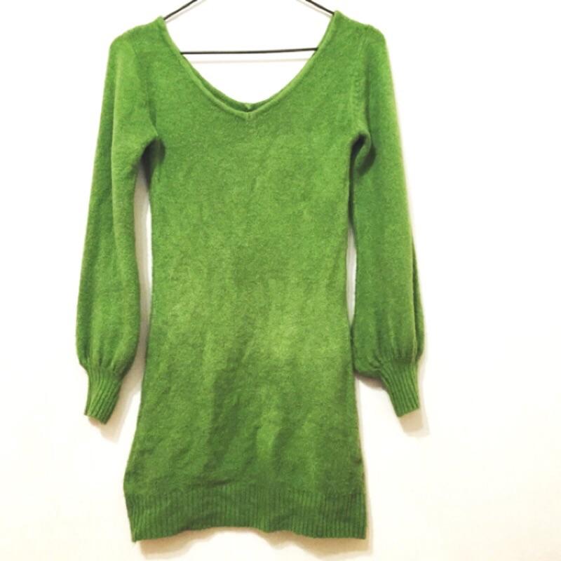 草綠色泡泡袖柔軟針織包臀洋裝連衣裙性感v 領夜店派對不刺膚包臀裙小洋裝