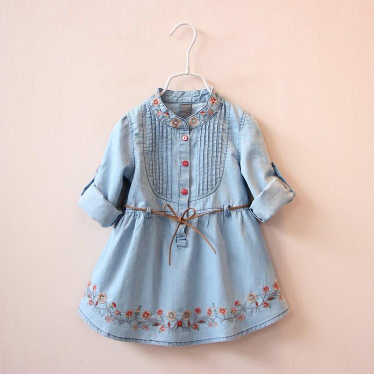 女寶貝系帶繡花褶皺襯衫牛仔洋裝