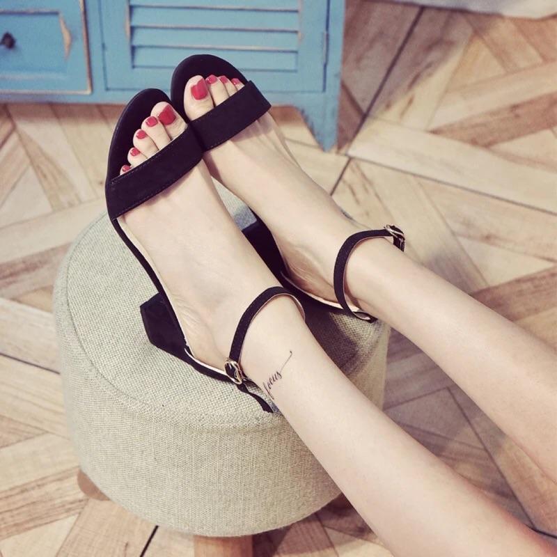 潮歐洲站羅馬鞋一字扣涼鞋女粗跟高跟鞋露趾性感女士涼鞋