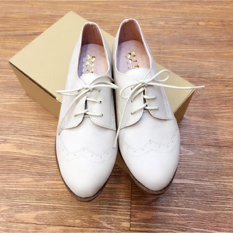 學院風立體雕花牛津鞋(加厚乳膠軟墊,舒適好穿)