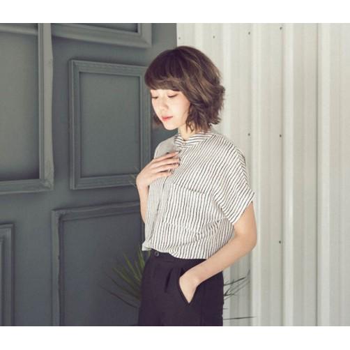 queen shop 小立領單口袋直紋襯衫類珍珠雪紡 白色黑直條紋款