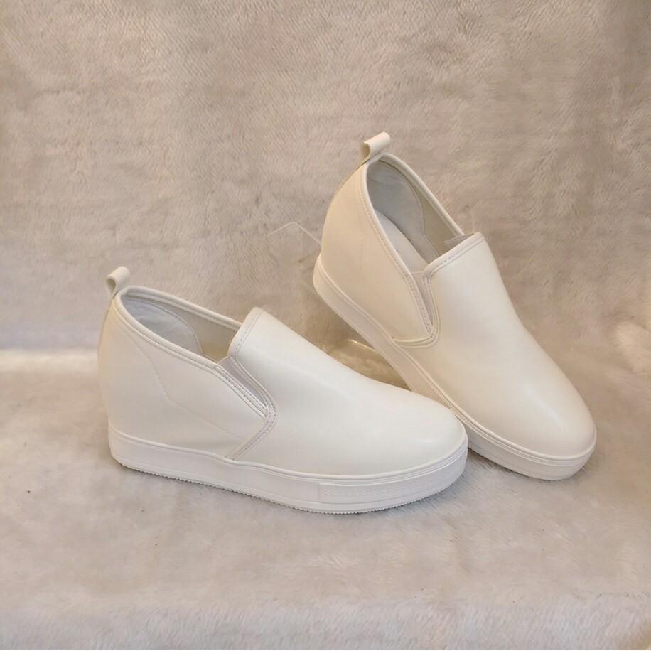 純白色百搭 厚底內增高休閒鞋平底鞋