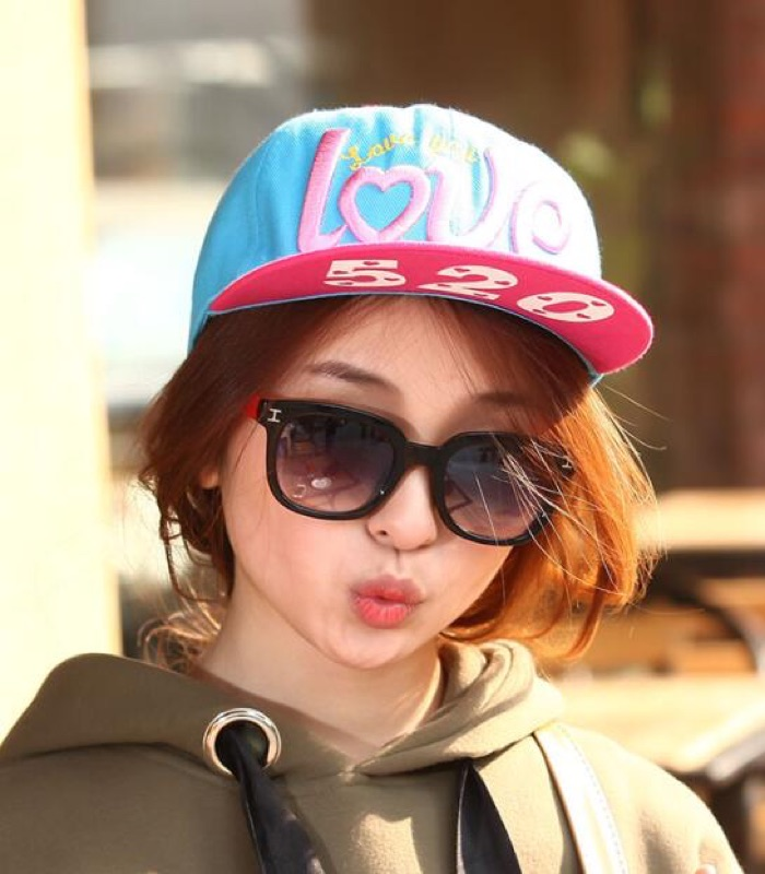 瀅瀅小舖GF3083 女士字母LOVE 棒球帽情侶帽子平沿帽街舞嘻哈帽
