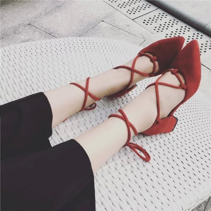 性感綁帶尖頭高跟鞋中跟淺口粗跟女鞋黑紅灰