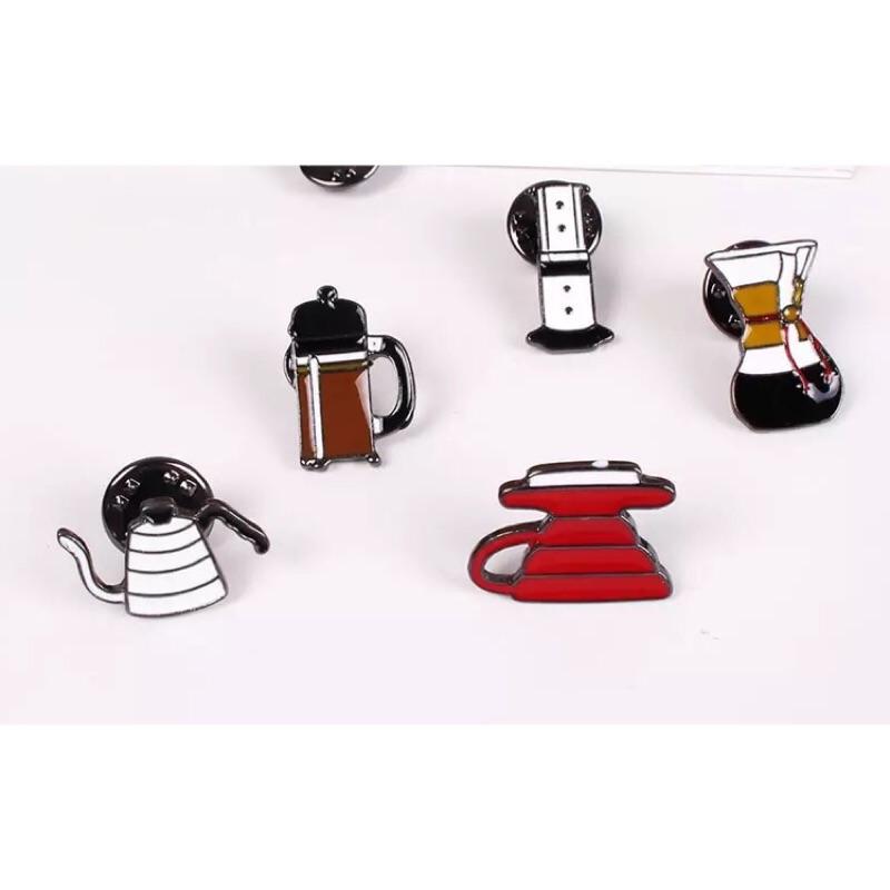 一整組Chemex 、Aeropress 咖啡飾品別針徽章~一組5 種款式