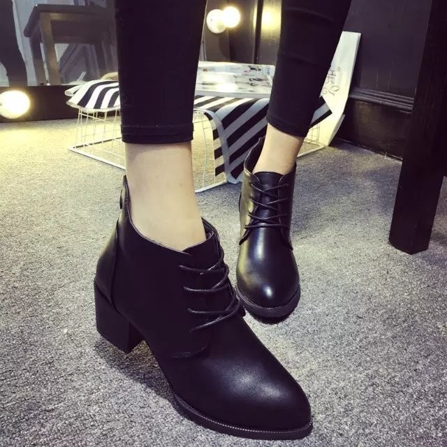 ~千惑衣閣~馬丁靴女英倫風女鞋 百搭舒適粗跟中跟女士皮靴 短靴潮