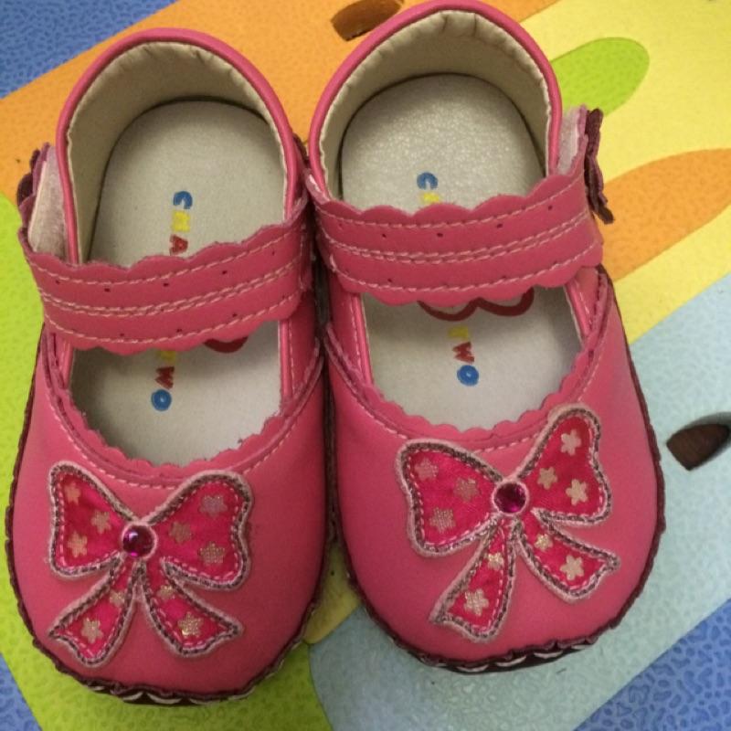 女童 鞋、穿ㄧ次沒落地、13 號