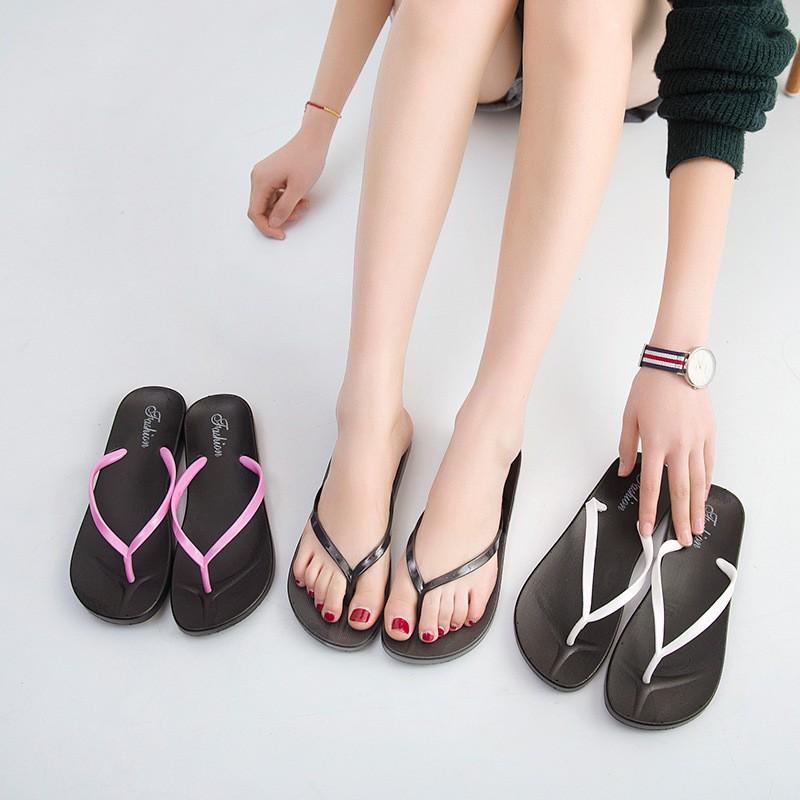 純色人字拖女士休閒凉拖鞋夾脚防滑平底簡約沙灘鞋