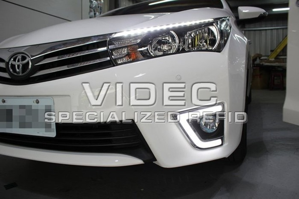 威德汽車 豐田TOYOTA NEW ALTIS 11 代ㄈ型導光DRL LED 日行燈方向