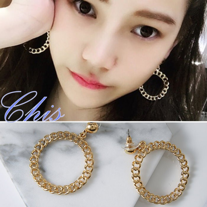 Chis Store ~麻花鏤空圓圈耳環~韓國 金屬風格圈圈相連接大圓形垂墜耳環可改無耳洞