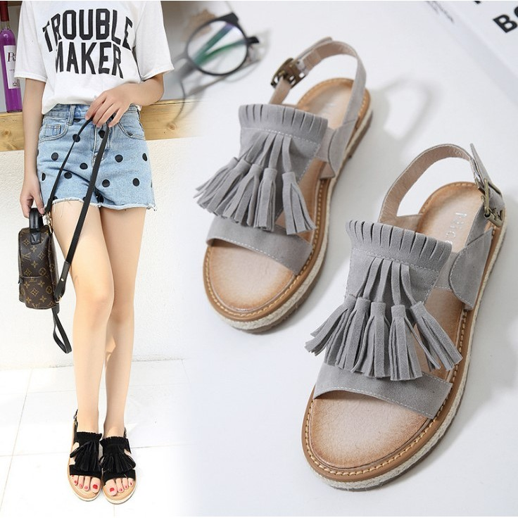 FD129 新品甜美俏麗磨砂皮多流蘇扣環扣帶平底涼鞋露趾涼鞋女鞋二色