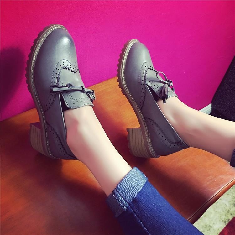 ♛♛♛♛♛♛2016 春 英倫風復古流蘇小皮鞋女中跟學生粗跟布洛克單鞋 鞋
