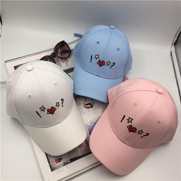 韓國 愛心五角星刺繡驚嘆號問號彩色星星精緻棉質棒球帽老帽彎帽鴨舌帽子K668