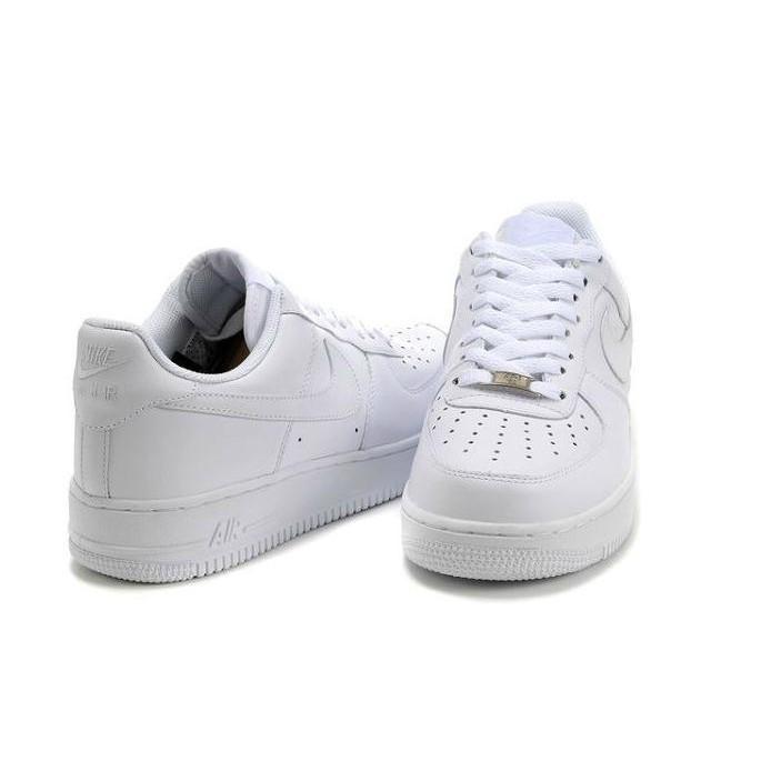 Nike Air Force 空軍一號全白低幫 款情侶款休閒鞋校園風學生熱款