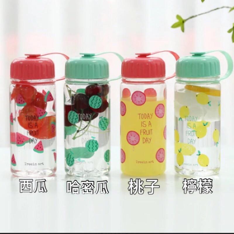 可愛又繽紛夏日水果塑膠水壺400ml ~4 款