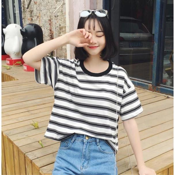 正韓條仍短袖T 恤寬松女生短袖上衣學院風大學t 正韓洋裝