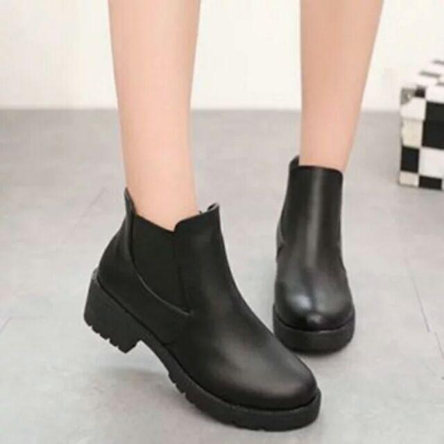 ( )馬丁靴女靴子潮女短靴復古平底雪地靴英倫女皮鞋女鞋機車靴黑