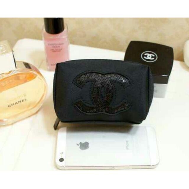 CHANEL 香奈兒專櫃贈品化妝包雙C 亮片LOGO 隨身包手拿包零錢包